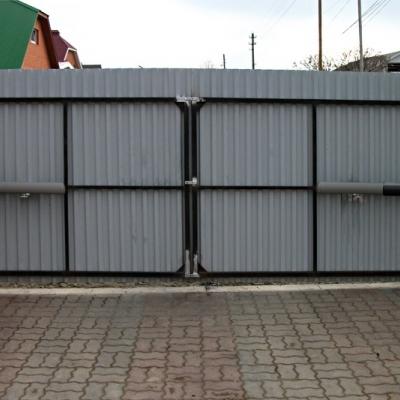 Ворота распашные из профлиста модель ЭКО